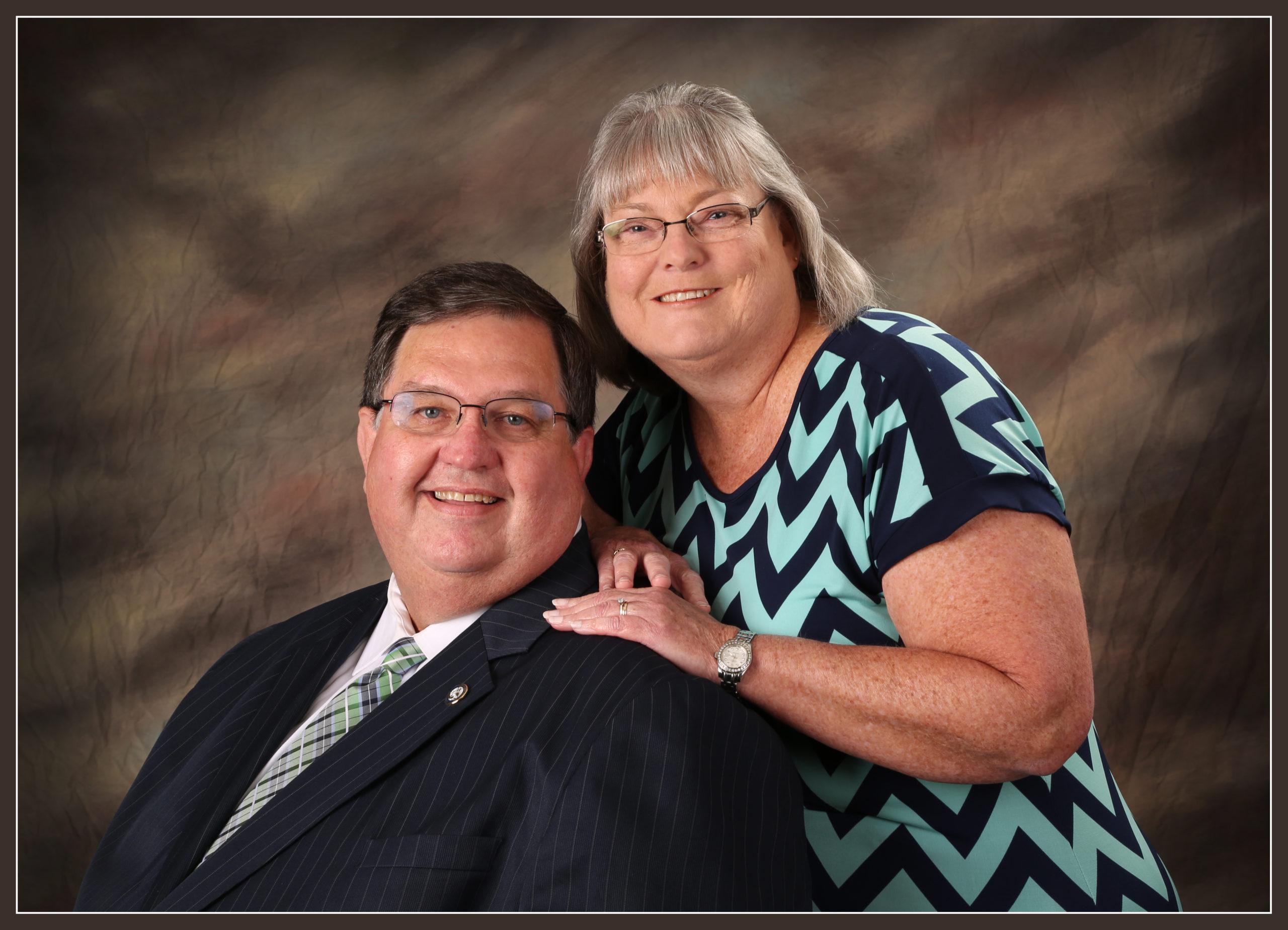 Pastor Mrs.Lisa 2015 Color